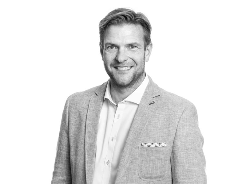 Rasmus Hedegaard (rh)