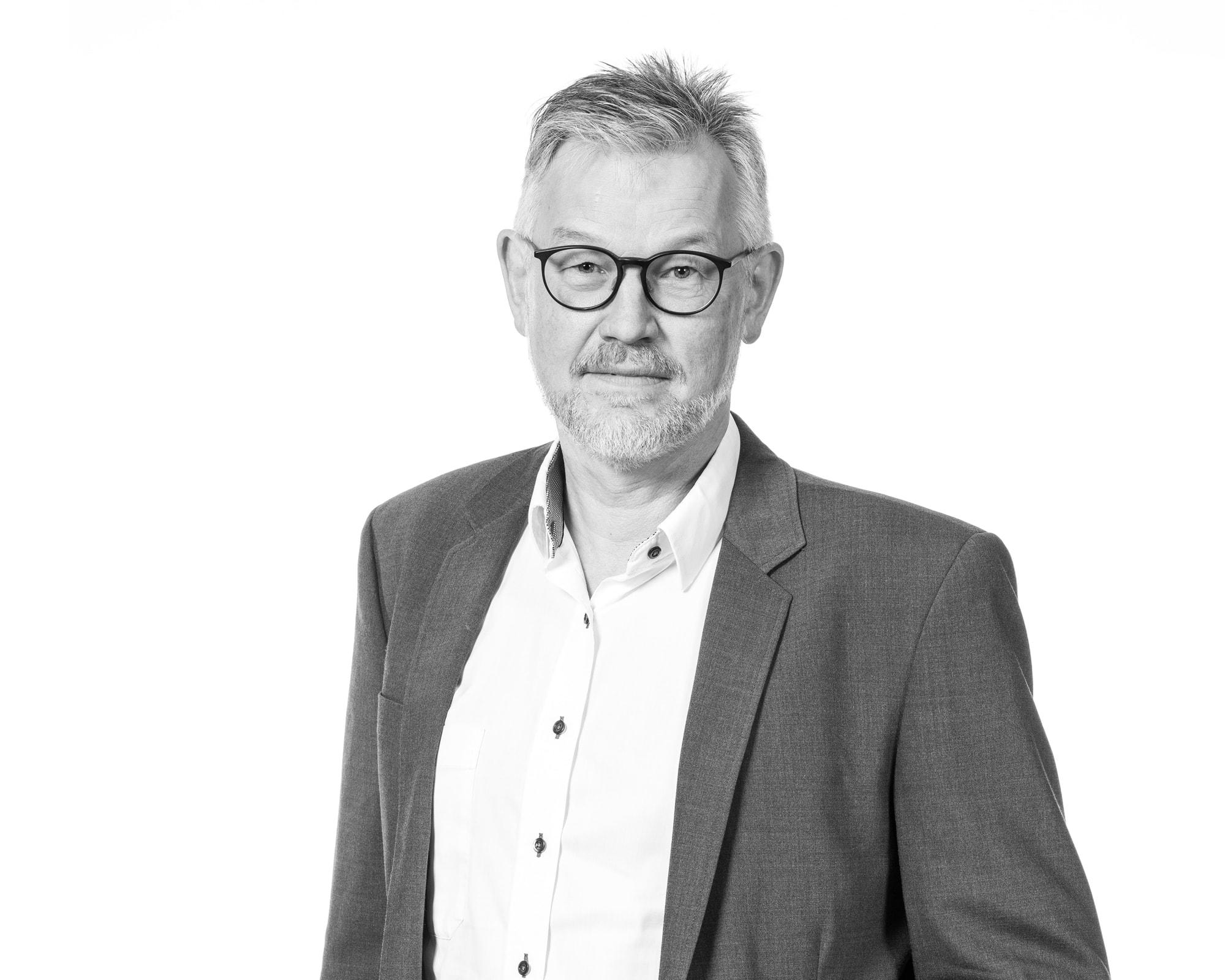 Advokat Niels Lyhne
